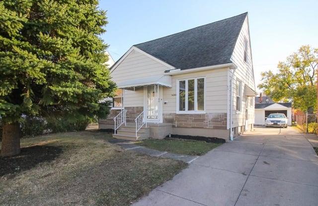 14308 Corridon Ave - 14308 Corridon Avenue, Maple Heights, OH 44137