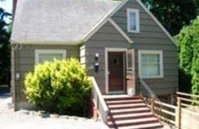 3329 Northwest Ave - 3329 Northwest Ave, Bellingham, WA 98225