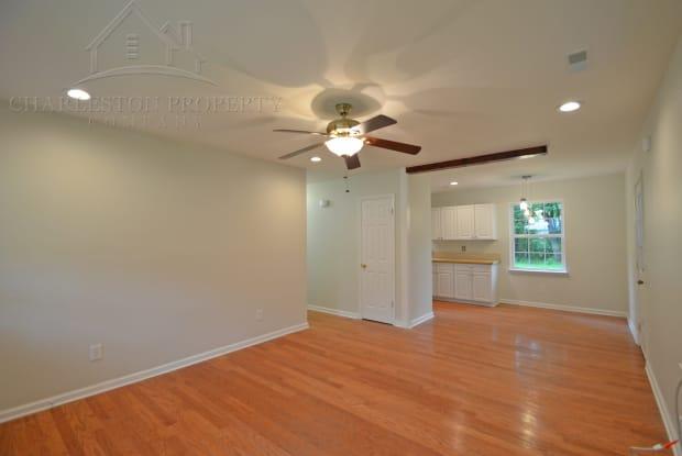 2632 Dellwood Ave - 2632 Dellwood Avenue, North Charleston, SC 29405