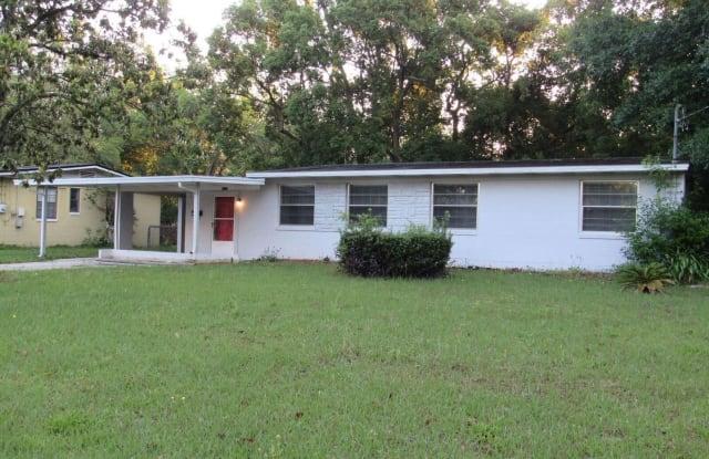 3827 Colebrook Dr - 3827 Colebrook Drive, Jacksonville, FL 32210