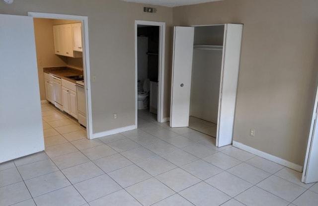 Mariners Village Apartments - 2130 Mayport Rd, Atlantic Beach, FL 32233