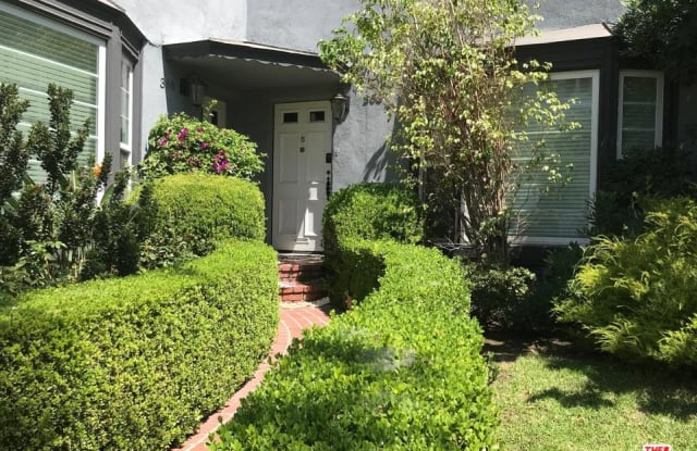 368 South CRESCENT Avenue - 368 S Crescent Dr, Beverly Hills, CA 90212