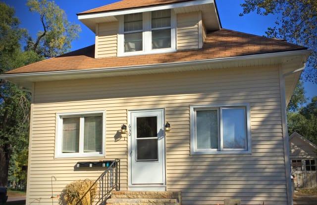 630 Lyndale St #3 - 630 Lyndale Street, North Mankato, MN 56003