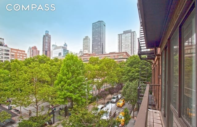 359 East 68th Street - 359 East 68th Street, New York, NY 10065