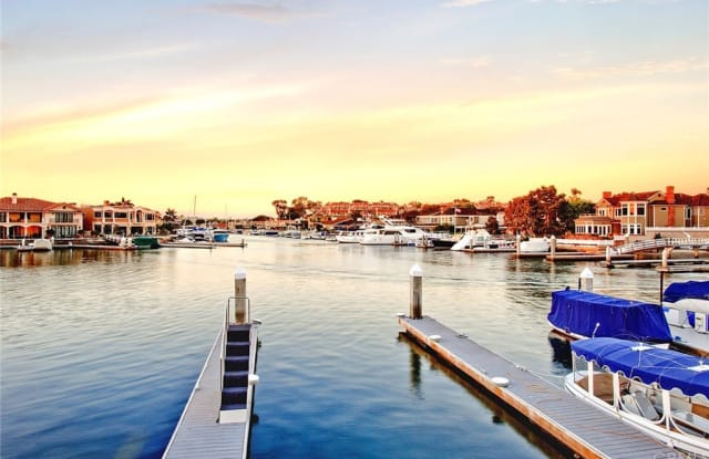 12 Harbor Island - 12 Harbor Island, Newport Beach, CA 92660