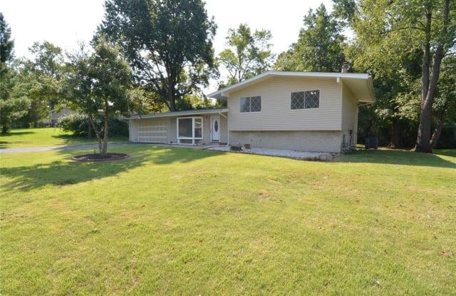 9612 Mesa - 9612 Mesa Drive, Olivette, MO 63132