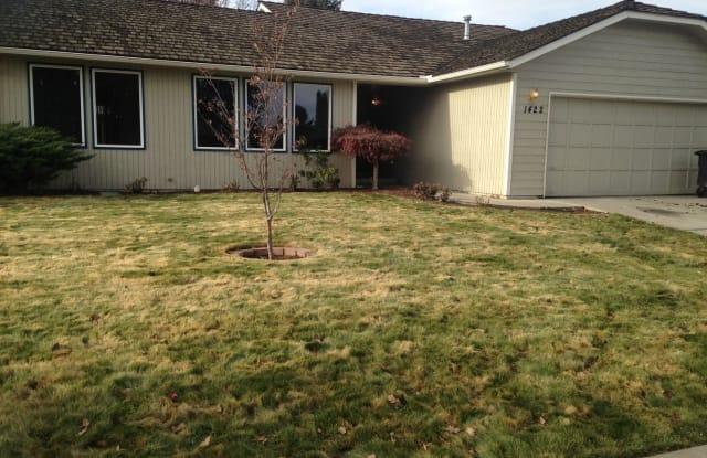 1422 Conrad Ave. - 1422 Conrad Avenue, Yakima, WA 98902