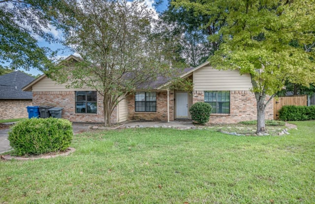 506 Hickory Hill Dr - 506 Hickory Hill Dr, Lufkin, TX 75901
