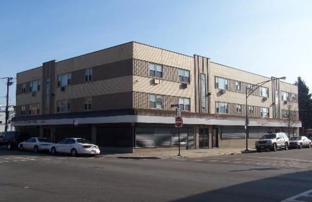 Pangea 7101 S Artesian Chicago Lawn Apartments - 7101 S Artesian Ave, Chicago, IL 60629