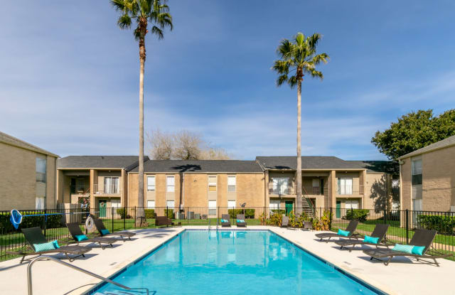 Westwood Park - 1908 Rosharon Rd, Alvin, TX 77511