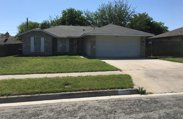 1818 Gautier Avenue - 1818 Gautier Avenue, Killeen, TX 76549