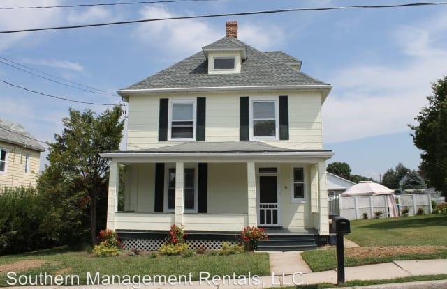 31 E Franklin St. - 31 East Franklin Street, New Freedom, PA 17349