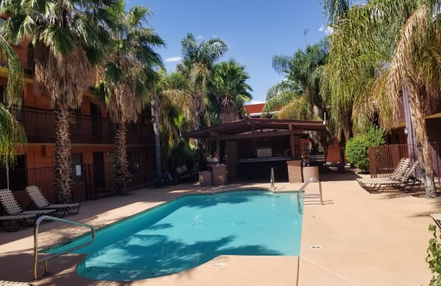 Riata Plaza - 55 North Cherry Avenue, Tucson, AZ 85719