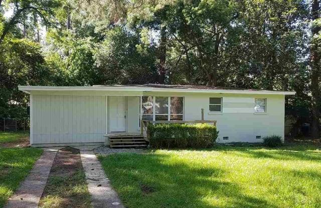 205 Juniper - 205 Juniper Drive, Tallahassee, FL 32304