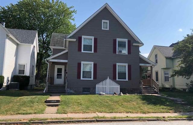 1719 W 16TH Street - 1719 W 16th St, Davenport, IA 52804