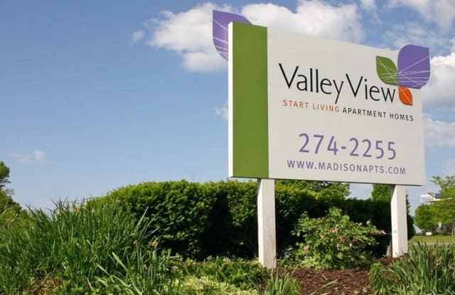 Valley View Apartments - 2925 Fish Hatchery Rd, Fitchburg, WI 53713