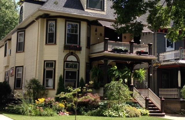 451 Ashland Avenue - 451 Ashland Avenue, Buffalo, NY 14222