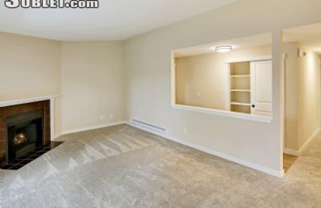 14911 Ne 1st Pl - 14911 Northeast 1st Place, Bellevue, WA 98007