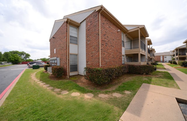 Trinity Park Apartments - 2700 Rock Island Rd, Irving, TX 75060