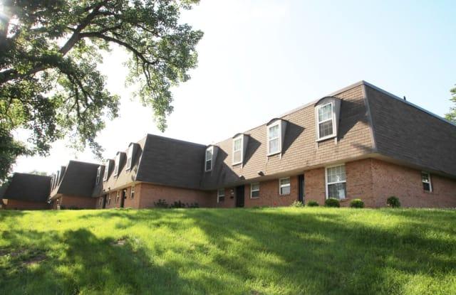 Fairfield Pointe Apartments - 2400 Albemarle Dr, Fairfield, OH 45014