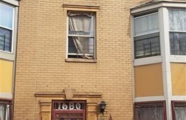 1680 Monroe Avenue 1680 Bronx Ny Apartments For Rent