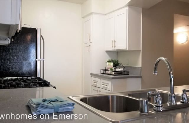 Townhomes on Emerson - 8600 Emerson Ave, Los Angeles, CA 90045
