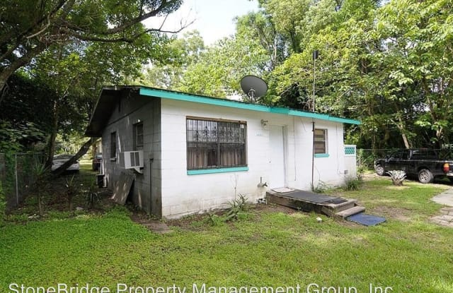1715 1/2 Martin Luther King - 1715 1/2 Martin Luther King Jr Blvd, Bartow, FL 33830