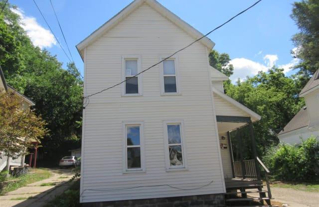 826 Prospect Ave NE - 826 Prospect Avenue Northeast, Grand Rapids, MI 49503