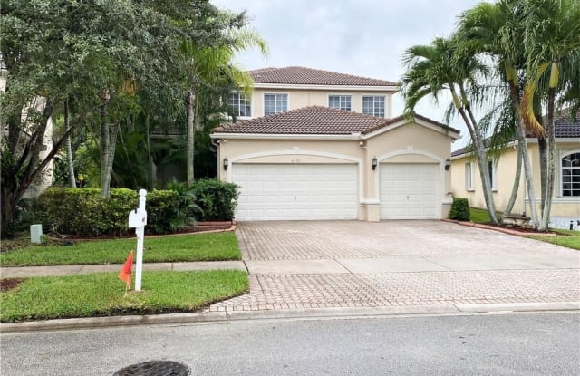 6775 SW 195th Ave - 6775 Southwest 195th Avenue, Pembroke Pines, FL 33332
