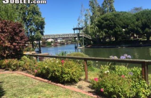 184 Basinside, Oyster Pond - 184 Basinside Way, Alameda, CA 94502