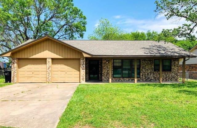 1801 Medina Drive - 1801 Medina Drive, College Station, TX 77840