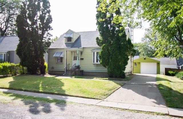 108 Longdale Ave - 108 Longdale Avenue, Toledo, OH 43605