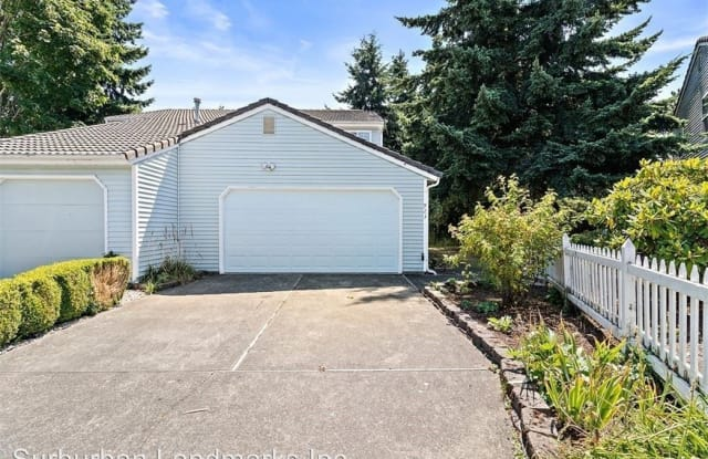 923 S 310th Pl - 923 South 310th Place, Federal Way, WA 98003