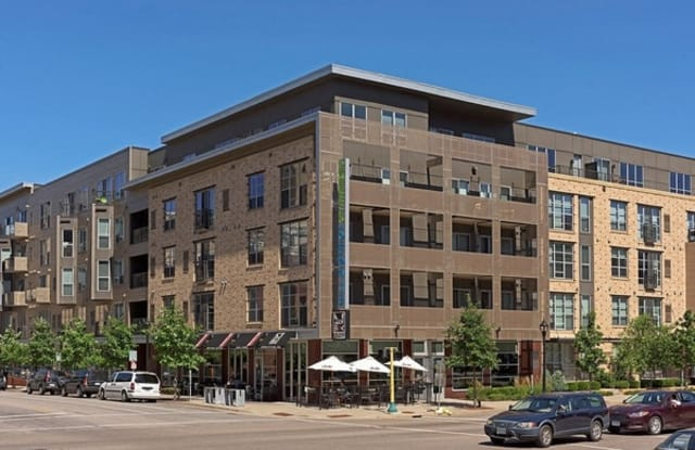 Mill District City Apartments - 225 Portland Ave, Minneapolis, MN 55401
