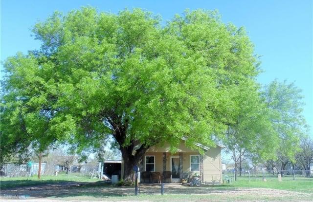 350 Main - 350 Main Street, Lawn, TX 79530