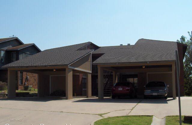 4036 NW Ozmun Unit C - 4036 Northwest Ozmun Avenue, Lawton, OK 73505