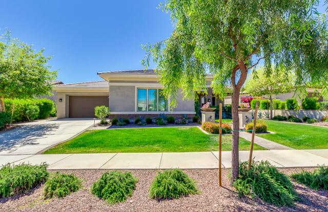 20393 W Crescent Dr - 20393 West Crescent Drive, Buckeye, AZ 85396