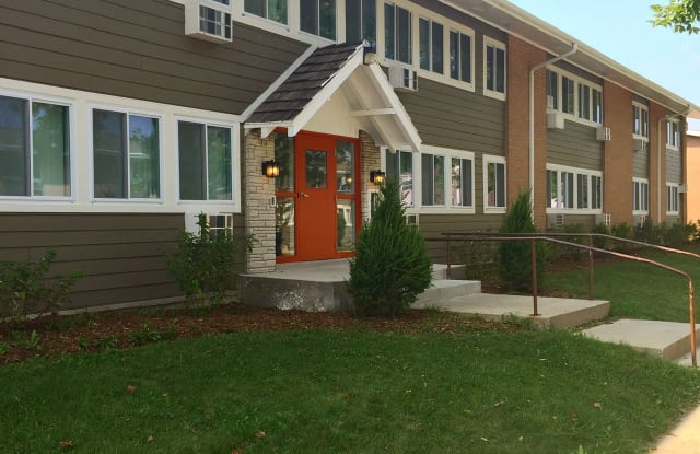 The Maples - 2432 Anthony Ln, Racine, WI 53404