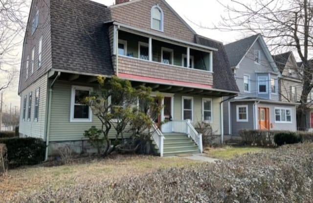 161 VALLEY RD - 161 Valley Road, Essex County, NJ 07042