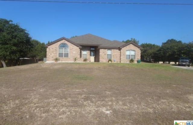 122 Bobcat Circle - 122 Bobcat Cir, Kempner, TX 76522