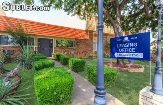 La Donna Place - 2612 Southwest Pkwy, Wichita Falls, TX 76308