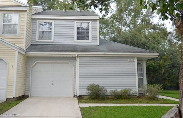 8502 STURBRIDGE CIR W - 8502 Sturbridge Circle West, Jacksonville, FL 32244
