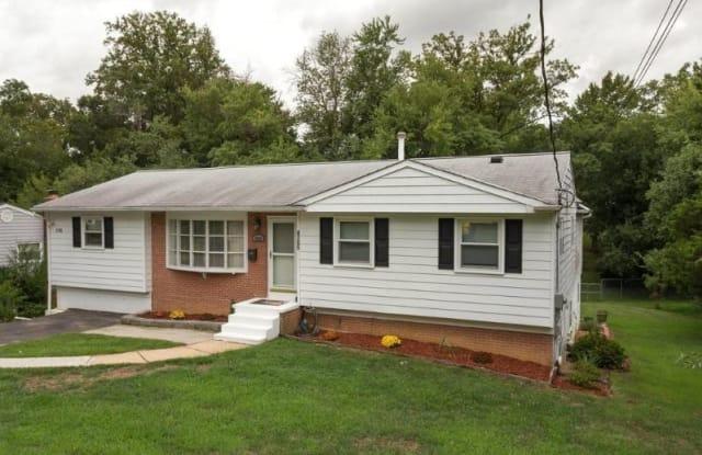 4705 Tipton Ln - 4705 Tipton Lane, Rose Hill, VA 22310