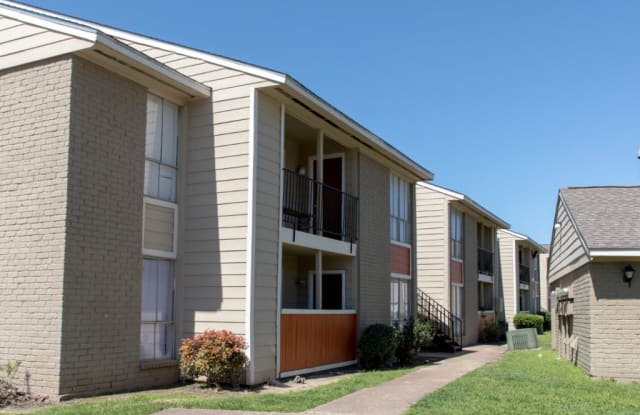 The Onyx Apartments - 10300 Wilcrest Dr, Houston, TX 77099
