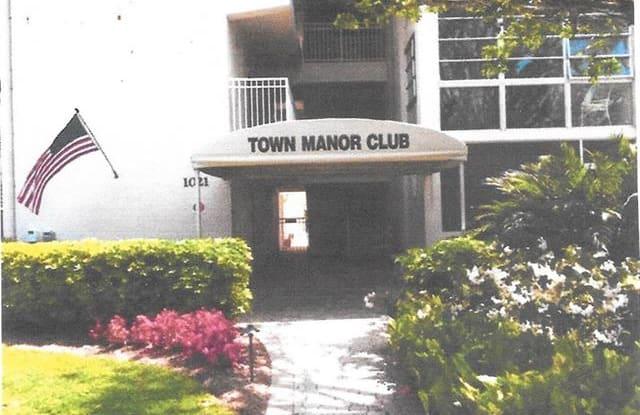 1021 3rd ST S - 1021 3rd Street South, Naples, FL 34102