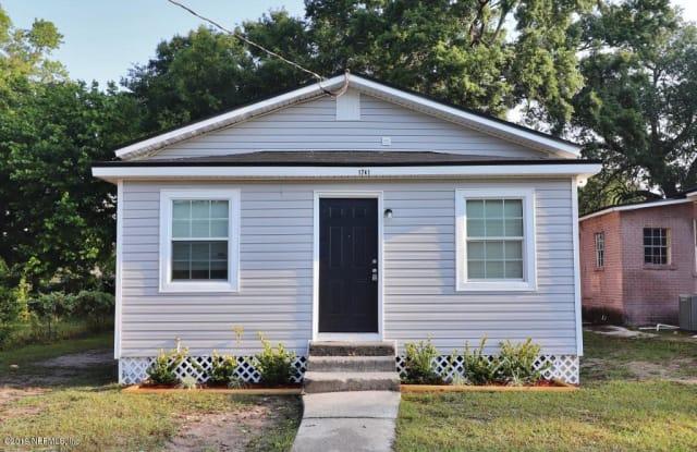 1741 CALLAHAN ST - 1741 Callahan Street, Jacksonville, FL 32207