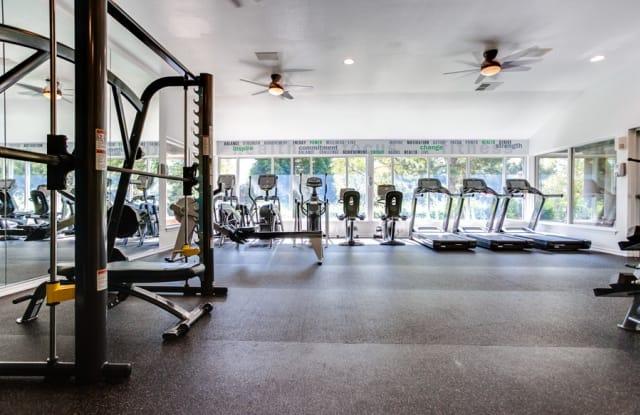Cascade Summit Apartment Homes - 22100 Horizon Dr, West Linn, OR 97068
