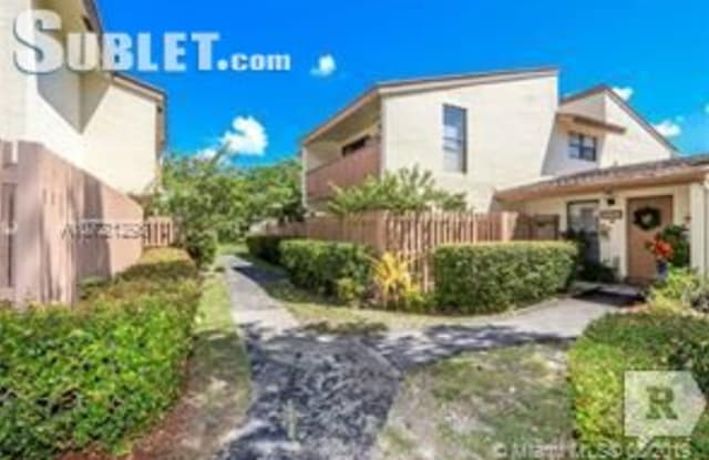 11514 SW 109th Rd 37 - 11514 Southwest 109th Road, Kendall, FL 33176