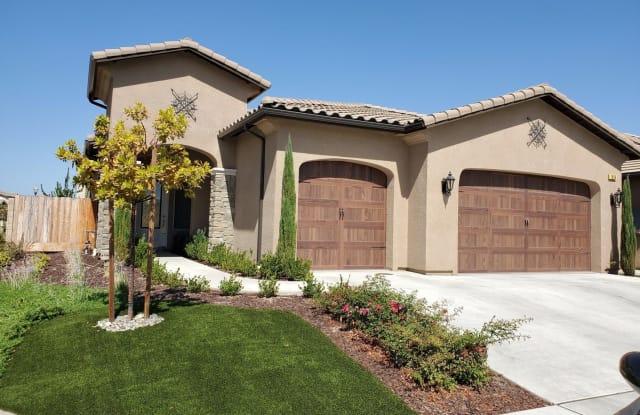 1836 E. Bella Rosa - 1836 East Bella Rosa Avenue, Fresno, CA 93730