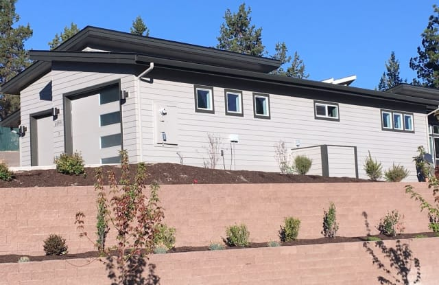 60991 SE Sweet Pea Dr #1 - 60991 Southeast Sweet Pea Drive, Bend, OR 97702